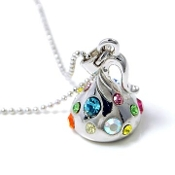 Silver Kiss Pendant Necklace